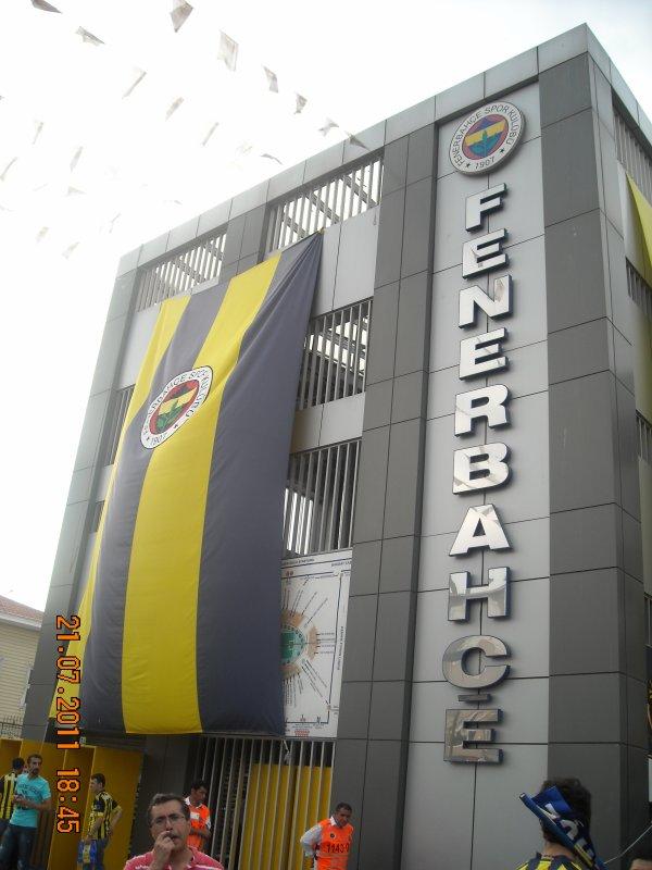Le stade de Fenerbahçe ( Istambul )