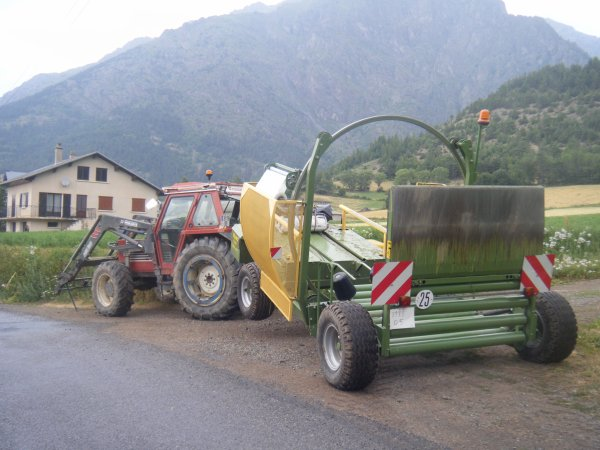 Enrubannage 2010 >>> Fiat avec Elho <<<