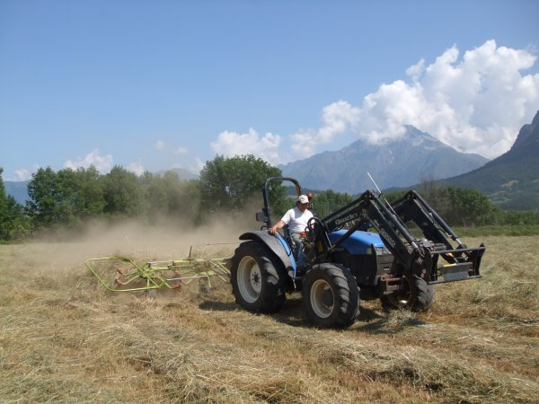 Fanage 2011 >>> New Holland avec Claas <<<