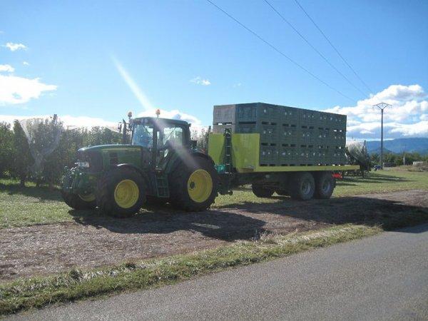 Dans les champs 2011 >>> John Deere avec Gourdon, Same et John Deere <<<