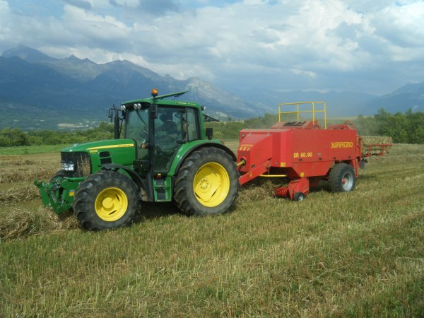 Pressage 2011 >>> John Deere avec Supertino <<<