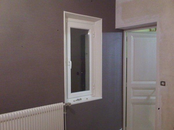 R alisation d 39 une salle a manger en papier peint gaufr - Salle a manger papier peint ...