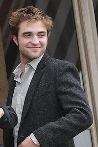 Edward Cullen:Robert Parttinson