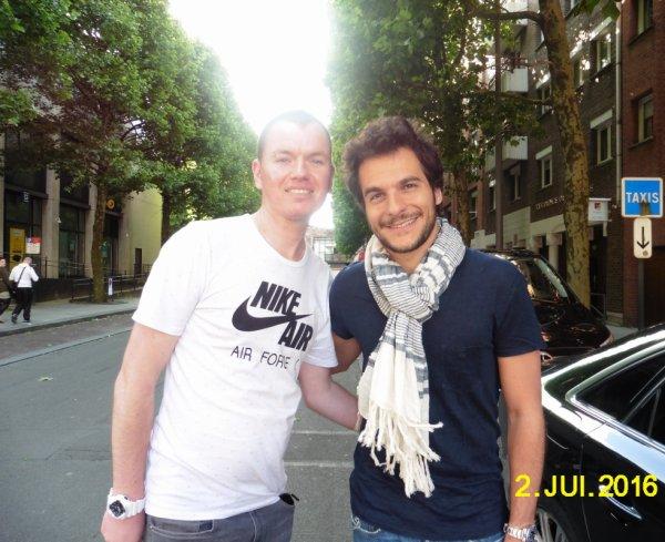 Moi Avec Amir Chanteur