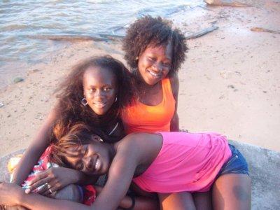 encor nous les trois soeur