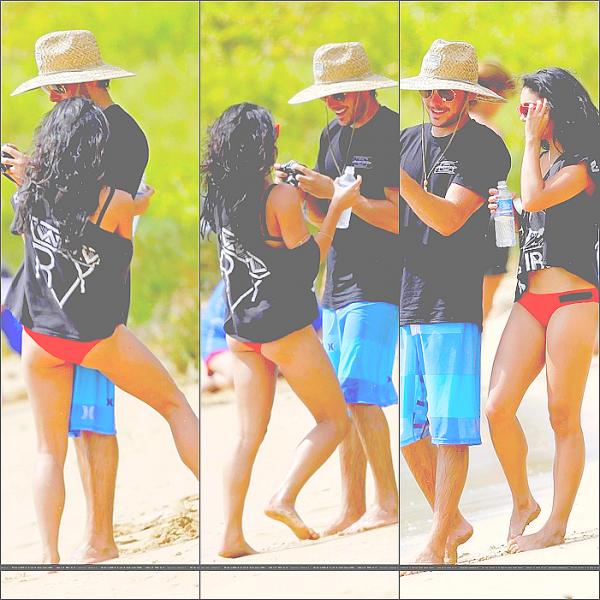 21/08/10FLASHBACK: Vanessa était dans ce paradis sur terre  que l'on appelle à Hawaï avec son ex boy-friend Zac Efron.