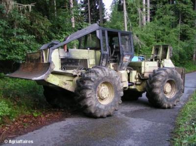 tracteur forestier agrip 4500