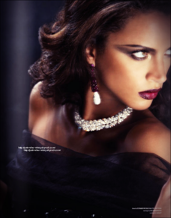 Photoshoot : Noemie Lenoir for west east magazine-
