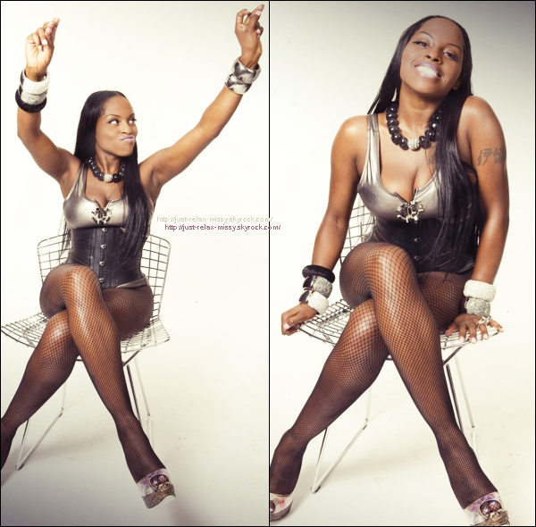 Foxy Brown Brings Sexy Back