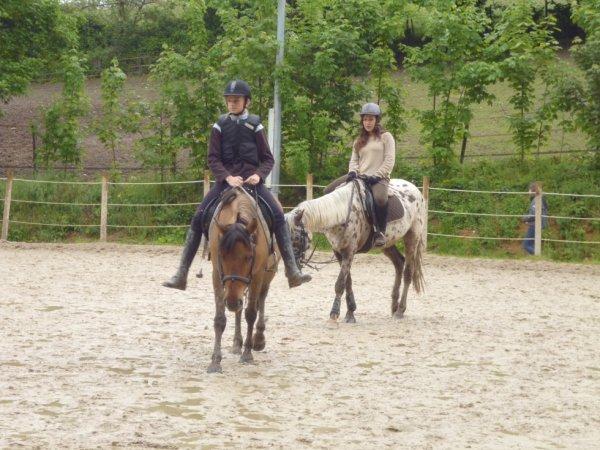 Charlotte et Princesse et Axelle et Majorette :P