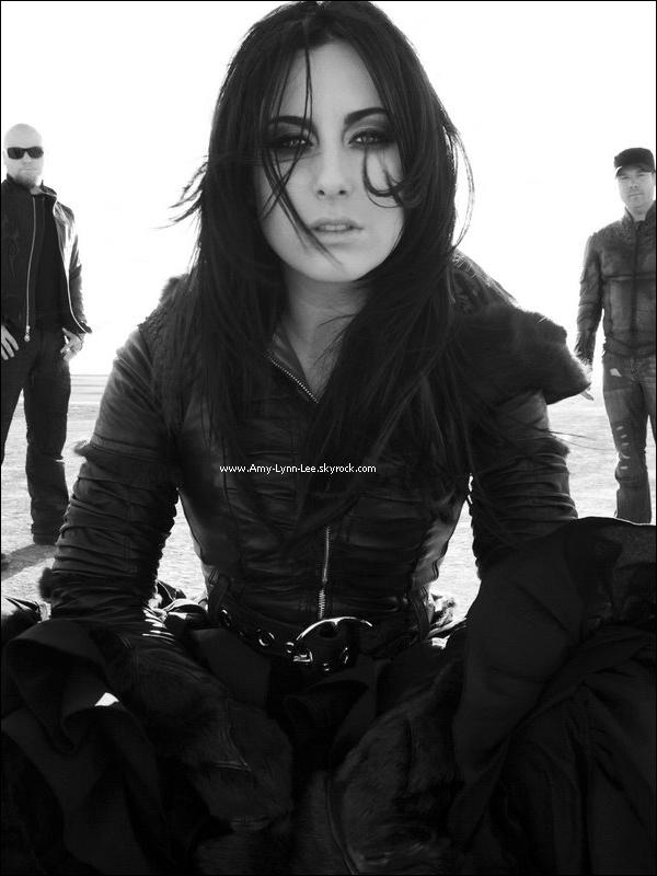 .   .         « WE ARE THE FALLEN » N'A AUCUN LIEN AVEC « EVANESCENCE ».      .  Le guitariste à l'origine d'Evanescence, Ben Moody, a publié un long message durant le mois d'aout,  il s'expliquait à propos des circonstances de son départ du groupe, ainsi, que son opinion face  au jugement de certains fans, qui ont comparé la  formation constituée des membres anciens. Texte entièrement rédigé par la web-miss / Crédit Amy-Lynn-Lee.skyrock .  « Contrairement à tout ce que les fans du groupe Evanescence pensent, on ne  recherchait  pas une  copie d'Amy Lee, pas une fille qui essayait de chanter comme elle, pas une fille qui essayait de s'habiller comme elle. Nous sommes 5 pers qui aiment faire de la musique. Notre album a des similitudes avec «Fallen» ? Bien sur.Texte entièrement rédigé par la web-miss / Crédit Amy-Lynn-Lee.skyrock.   Quant à Amy Lee, qui n'a pas souhaité s'étendre sur le sujet, a seulement déclaré, que  le groupe n'a absolument aucun lien avec Evanescence, ou elle même, mais il semblerait que des erreurs commises par des fans, gênent énormément, comme par exemple, le fait d'associer le terme de membres d'origine, à des musiciens qui le ne sont pas, ainsi, elle affirme que les seuls et véritables membres de base, sont Ben Moody et elle-même. John LeCompt & Rocky Gray sont arrivés bien plus tard, après l'enregistrement de l'album 'Fallen'. Elle ajoute aussi, que beaucoup ne comprennent pas, mais Ben et elle-même n'ont plus rien à dire d'autre à ce propos. We Are The Fallen, n'affecte Evanescence en rien. . Texte entièrement rédigé par la web-miss / Crédit Amy-Lynn-Lee.skyrock      .      .