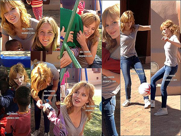 . 24/06/2013 : Bella a été aperçu visitant un village en Afrique du Sud. .