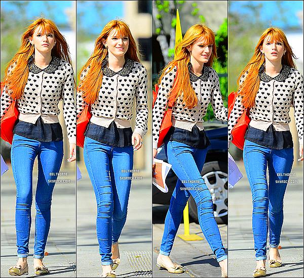 . 26/03/2013 : Bella se rendant à une audition dans les studios CBS. .