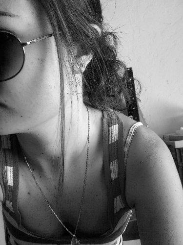 # L'adolescence c'est comme l'art , tout le monde critique mais personne ne comprend...