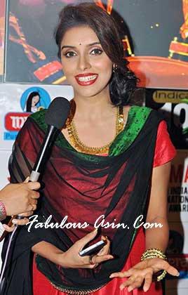 Asin won SIIMA Best Actress