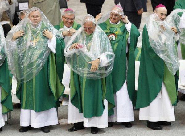 L'Église a enfin dit oui au préservatif !