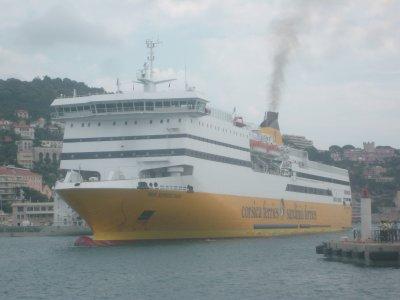 » . Le Bateau ; Corsica Ferries ; Sardinia Ferries <3 .