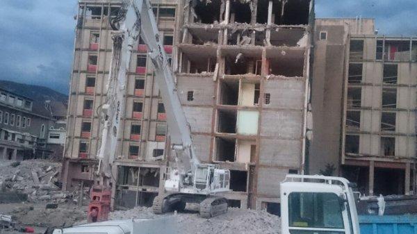 Chantier de démolition hôpital d'Annecy