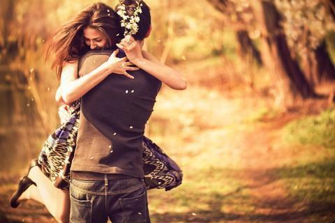 """"""" Aimer, c'est prendre soin de la solitude de l'autre, sans jamais prétendre la combler, ni même la connaître..."""" Christian Bobin"""