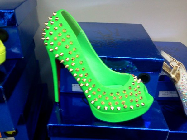 Chaussures Fluo 50 euros