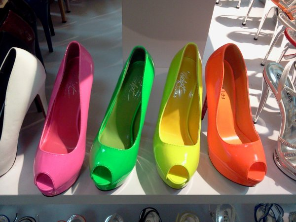 Chaussures Fluo 25 euros