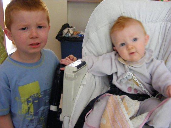mon petit fils et sa soeur