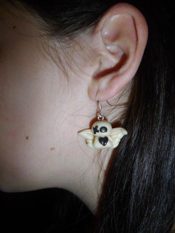 Mes boucles d'oreilles Emo Ange !