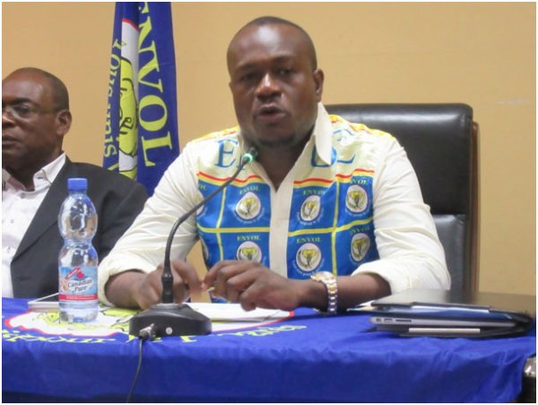 LE FAUX PROCES DE DELLY SESANGA CONTRE LA MACHINE A VOTER