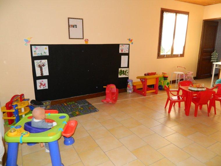 la salle de jeux blog de assistante maternelle. Black Bedroom Furniture Sets. Home Design Ideas