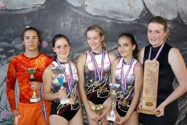 Marie (1ère Junior), Clara (1ère Cadette), Audrey (1ère Minime), Manon (2° Cadette) et Moi (2° Sénior)