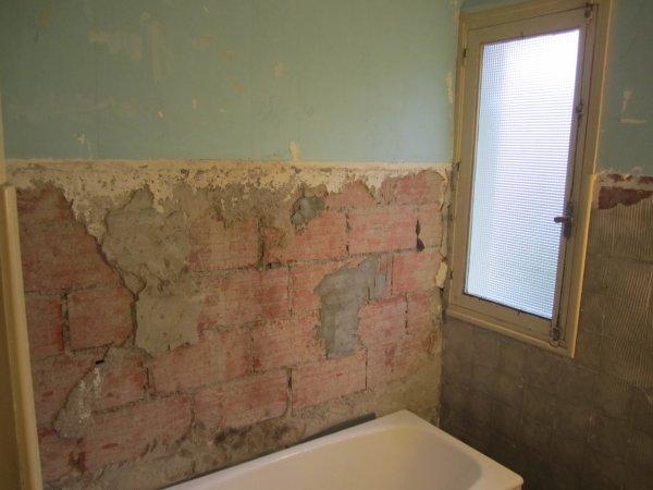 On a attaqué la salle de bain