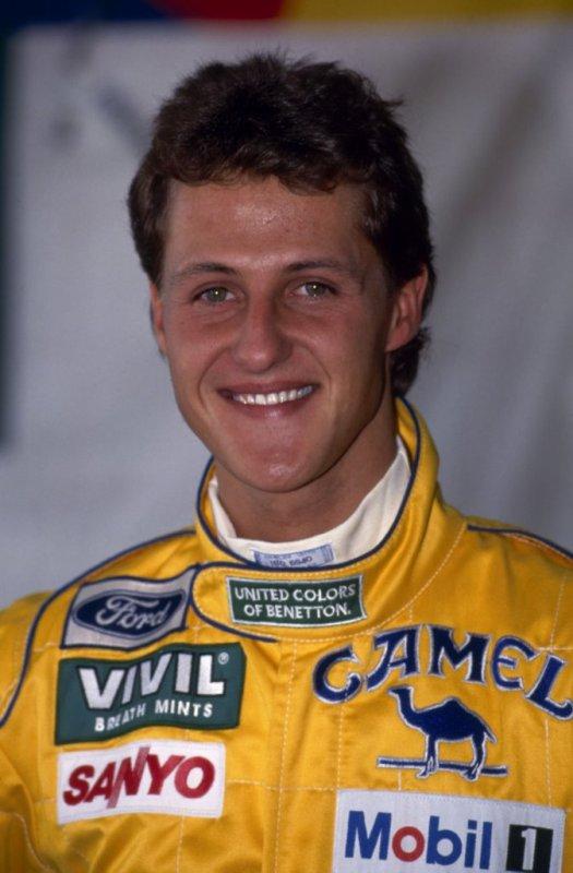 Les deux premiers titres de Michael Schumacher arrivent avec Benetton en 1994 et 1995