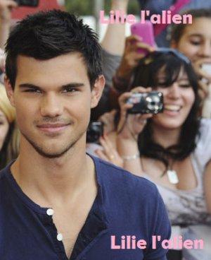 Taylor Lautner à Paris mardi 27 septembre 2011