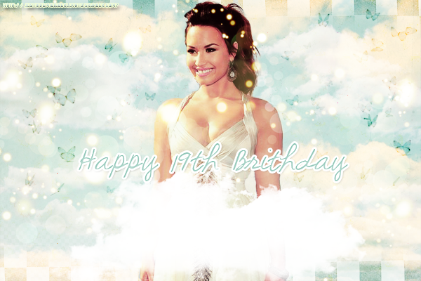 Aujourd'hui nous sommes le 20 août, c'est l'anniversaire d'une idole, de mon idole, de notre idole; Demetria Devonne Lovato. Ca  fait 4 ans qu'elle est là, et je ne cesse de l'aimer.  Happy Birthday Demi ♥