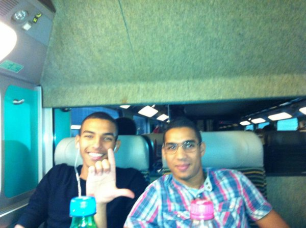 ABDEL AVEC MEHDI - DIRECTION PARIS