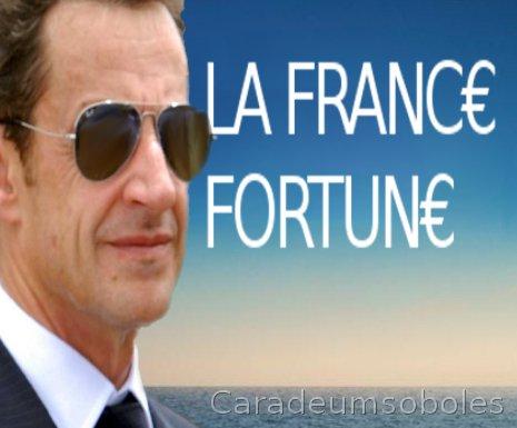 DEUX IMAGES / LA FRANCE DES RICHES / LA FRANCE DES PAUVRES