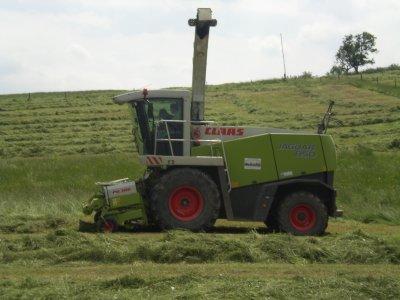 Ensilage d'herbe 2010  ( Ferme du Steinbrhul )