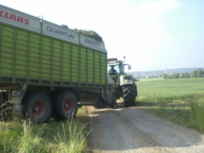 autochargeage 2011  avec Fendt 826  favorit et Claas Quantum  6800 P