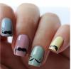Pose d'ongles pastel avec deco moustache