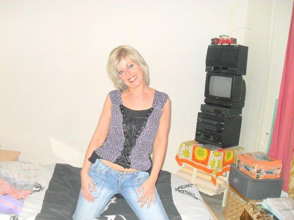 voici kelke photo de moi de mon changement de coiffure