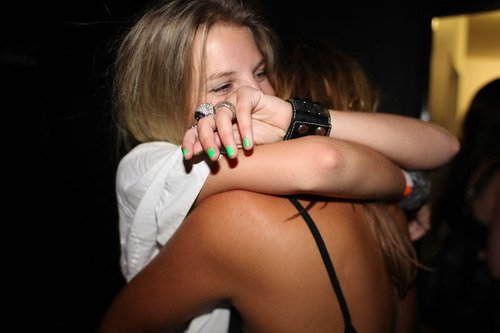 Il n'y a pas d'ami, il n'y a que des moments d'amitié.