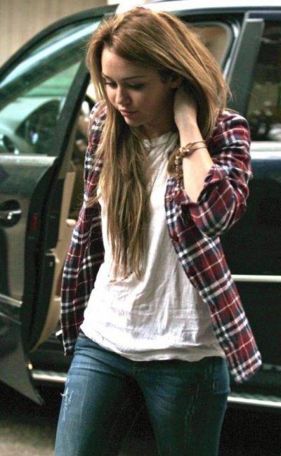 Miley remet la chemise bucheron