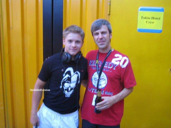 6 591 » Gustav avec Claus Mueller ( Batteur et Compositeur)