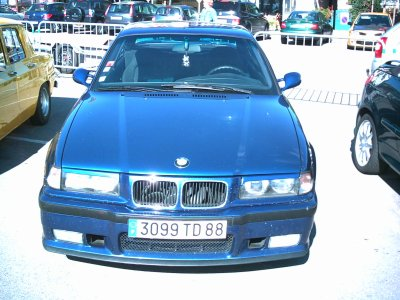 bmw bleue serie 3