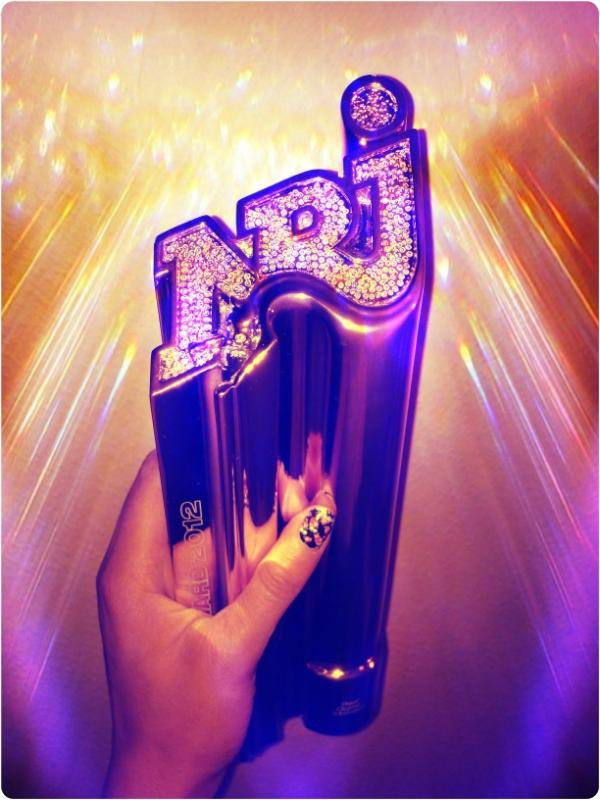 "Shy'm a reçu un 2eme Awards ""Best Digital Moment"""