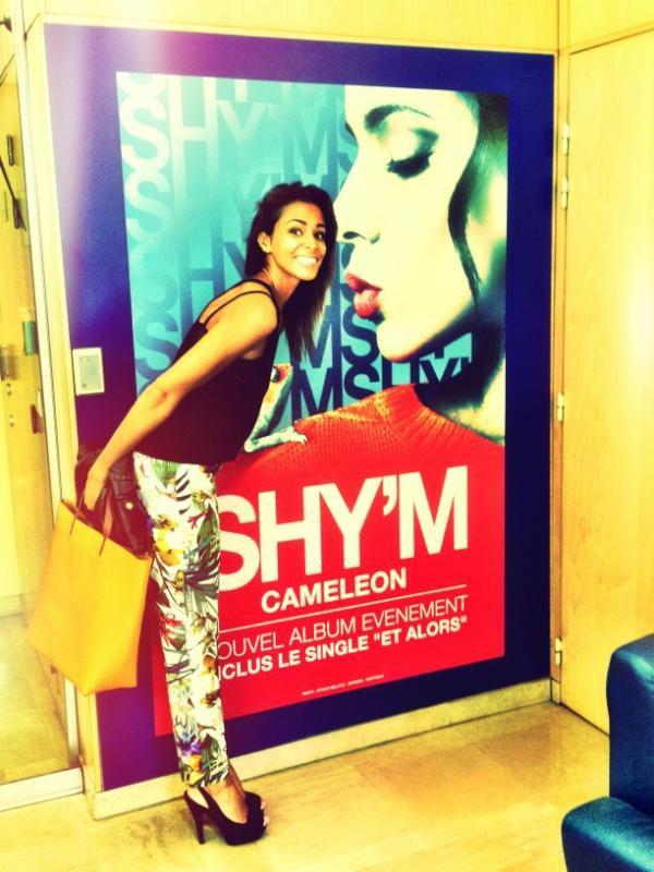 """Shy'm """"Caméléon"""" N°1 du Top Album"""