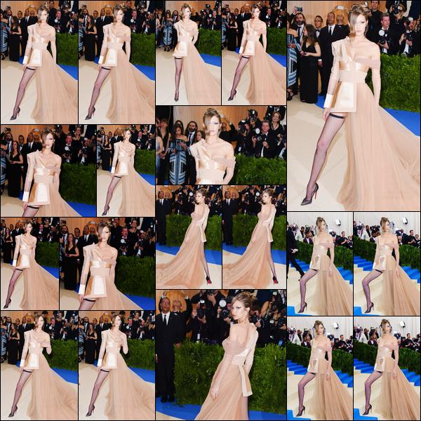 - 01/05/17 -Gigi Hadid était aux Met Gala « Rei Kawakubo/Comme des Garçons : Art Of The In-Between ». C'est pour la troisième année consécutive que nous retrouvons Jelena lors des Met Gala qui se déroulaient à New-York. Un énorme top ! -