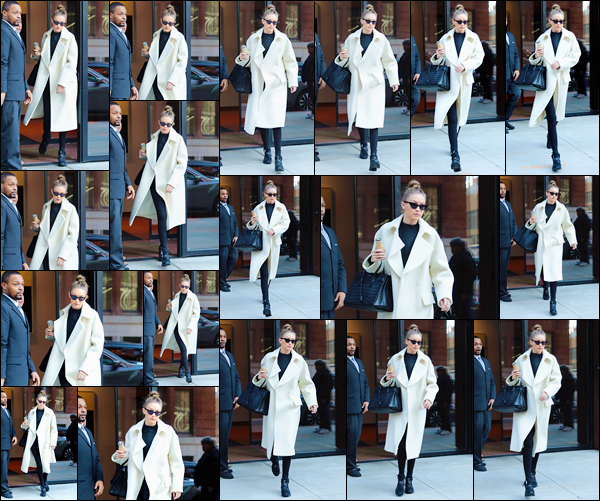 - ''•-10/01/18-' : Gigi Hadid a été vue alors qu'elle venait juste de sortir de son appartement situé à Manhattan. C'est ainsi vêtue en noir et blanc que nous retrouvons notre belle mannequin encore de sortie. Pour son look, je lui accorde un beau top. -