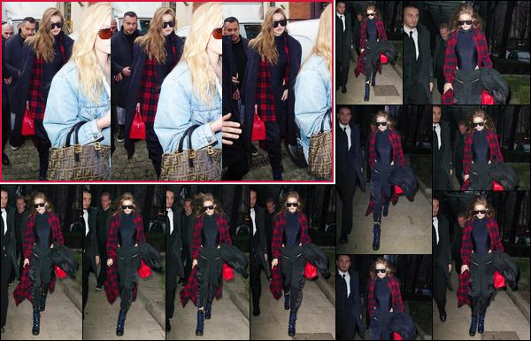 - '-23/02/17-' ◊Gigi Hadid a été vue en pleine journée quittant le défilé « Max Mara » qui avait lieu dans Milan. Plus tard, Gigi a été photographiée, la nuit tombée, durant son retour à son hôtel. J'accorde pour le coup un petit top à son look, et toi? -