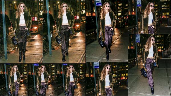 - '-17/01/17-' ◊Gigi Hadid a été photographiée alors qu'elle venait de revenir à son appartement à New-York. C'est la nuit tombée que nous retrouvons notre mannequin alors qu'elle arrivait à son appartement. Je lui accorde donc un léger top ! -